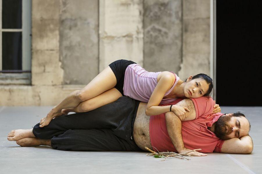 Avignon 2014 - Sujets à vif - Religieuse à la fraise