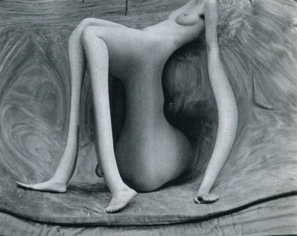 Distorsion n°141 © André Kertész.